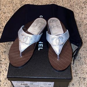 Brand new Chanel laminated goatskin thongs